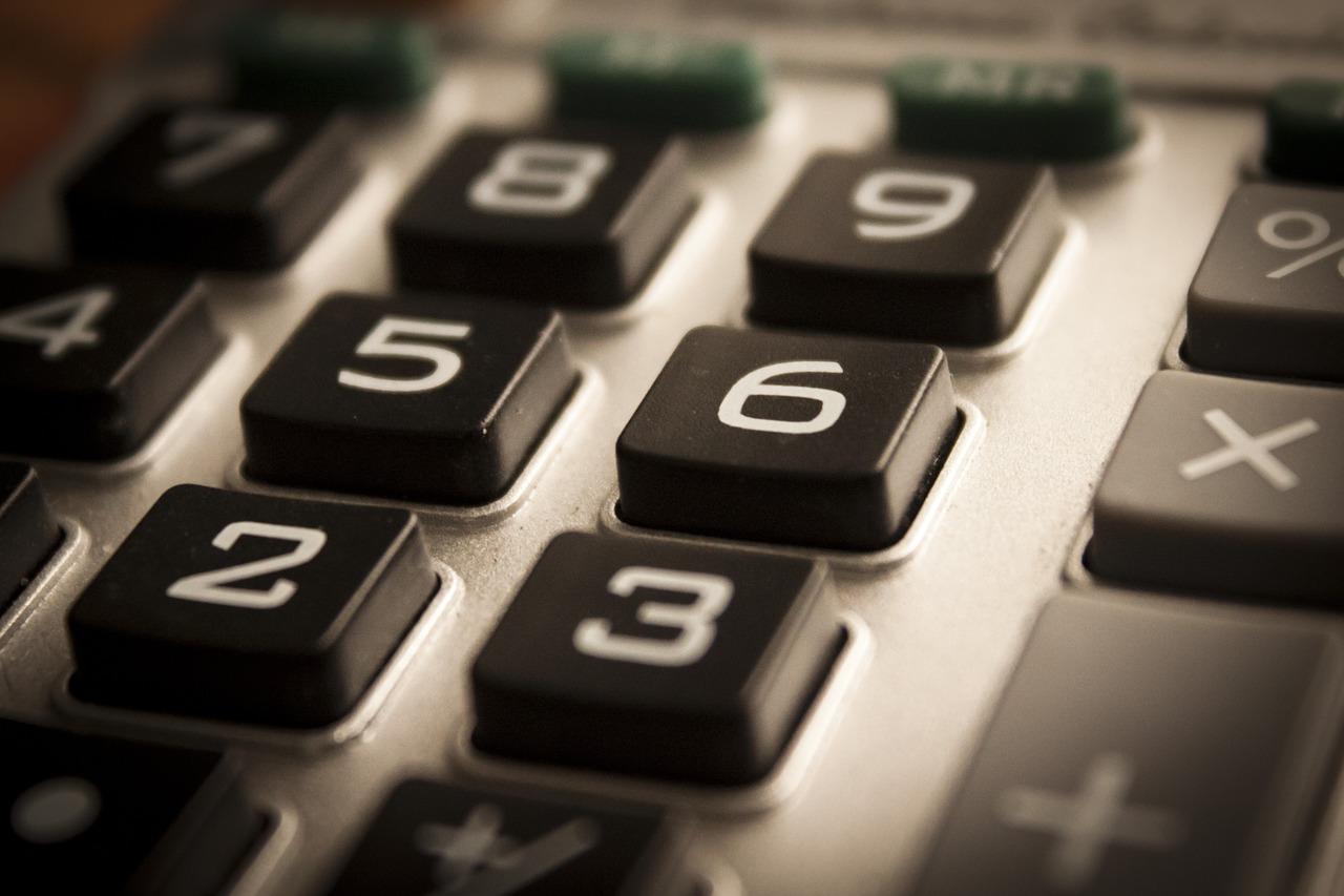 calculator-1180740_1280