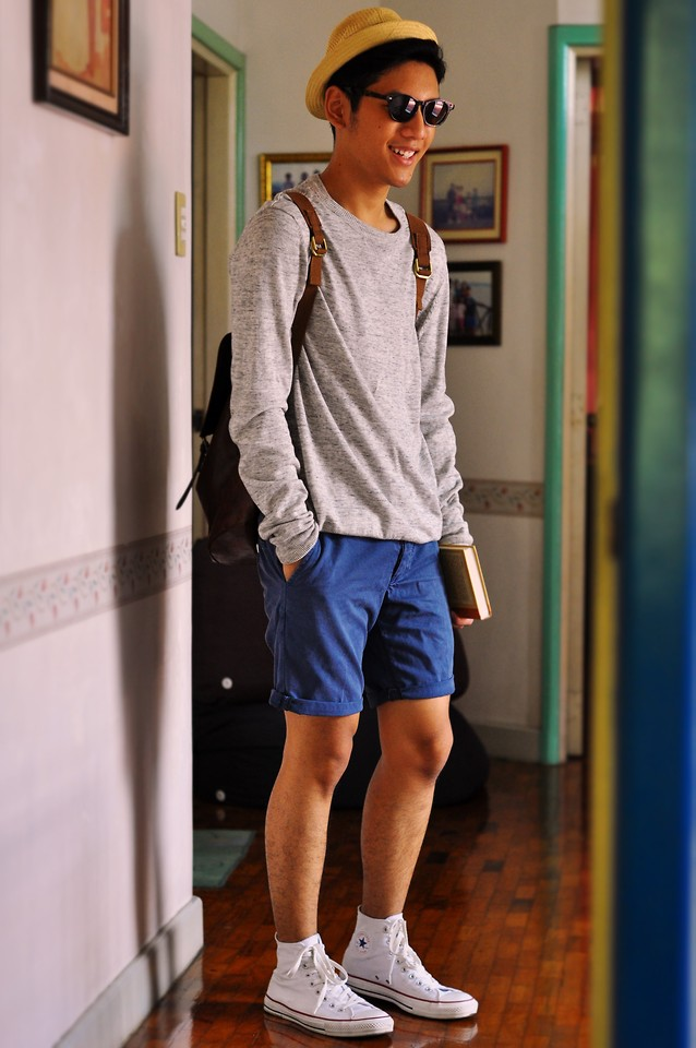 Short-Shorts-with-Converse